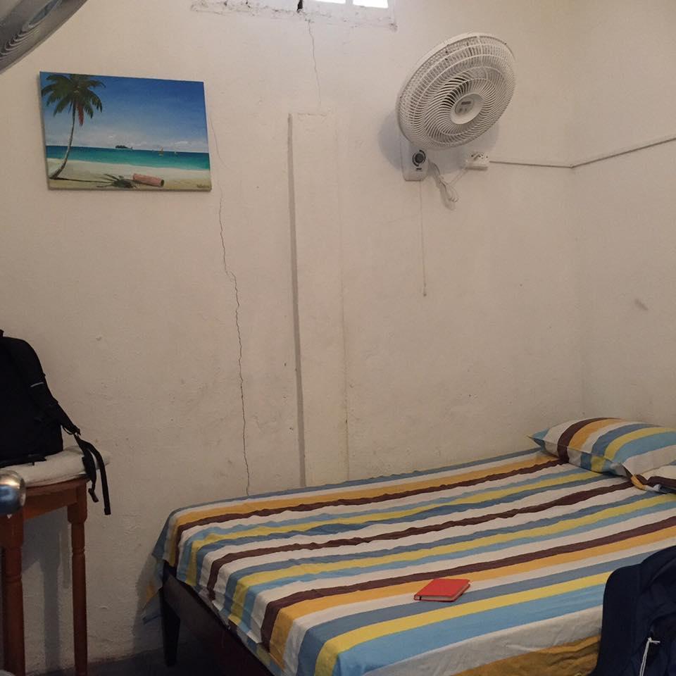 サン・アンドレス島の宿 Hostel Posada San Martin