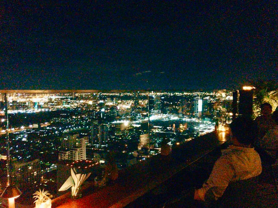 キンプトン・マーライ・バンコクの最上階 ルーフトップバーBar.Yard