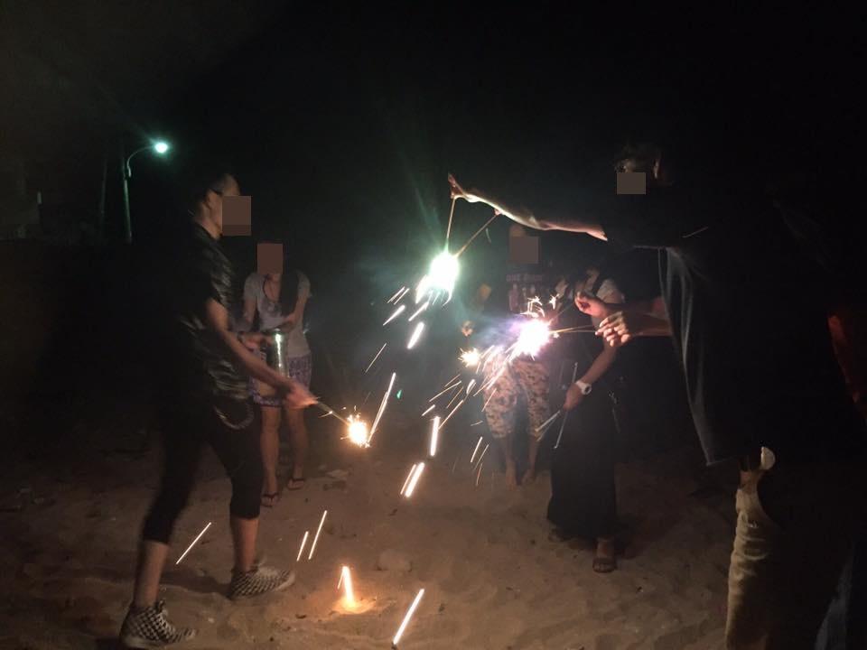 白浜のリゾートバイトで花火