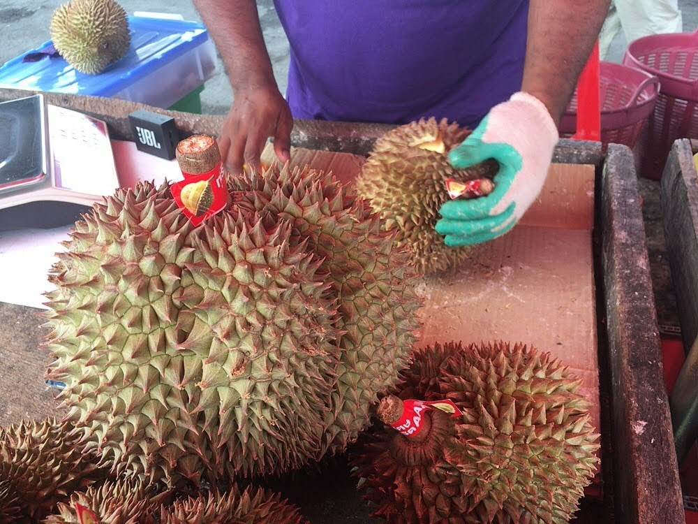 タイでドリアンを初実食!臭すぎて涙【激臭だけど美味ってほんと?】