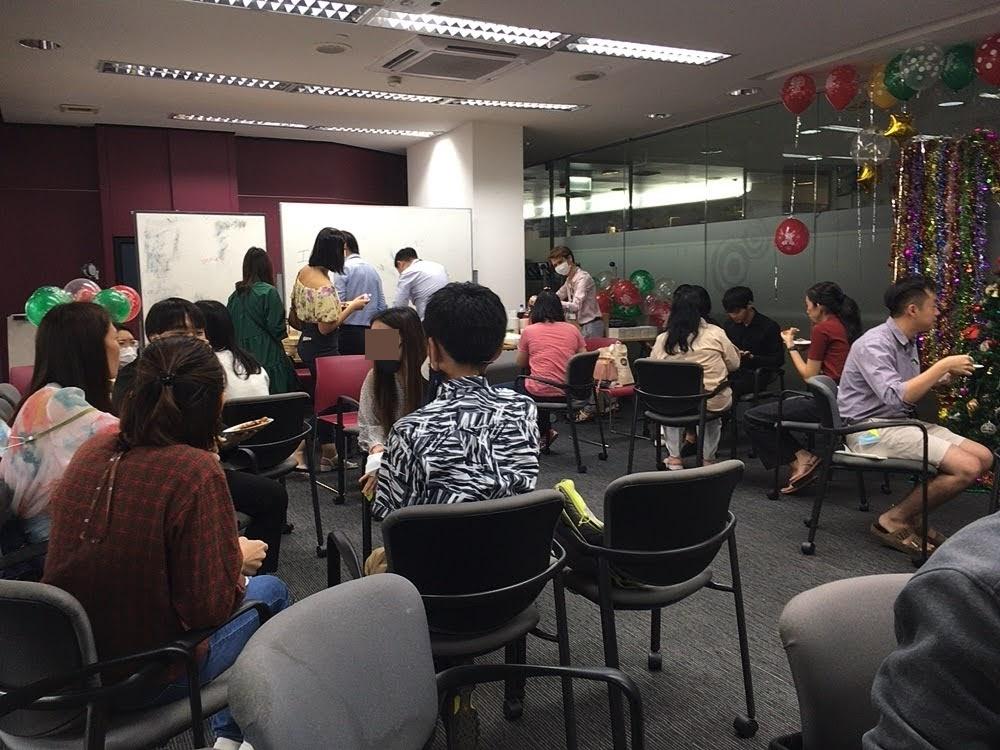 タイ・バンコクの英会話スクール British Council(ブリティッシュ・カウンシル)【授業の雰囲気など】クリスマスパーティー