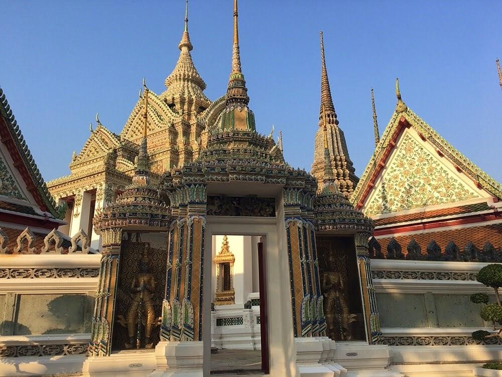 タイ伝統医学 タイ古式マッサージとは?【特徴・効果・歴史など】