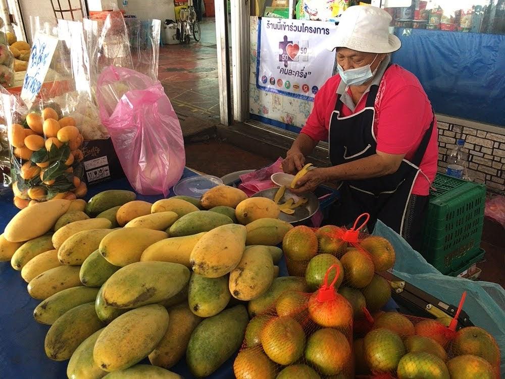 タイに来たら絶対食べたい!南国フルーツ10選【旬の時期やおすすめの食べ方も紹介】果物